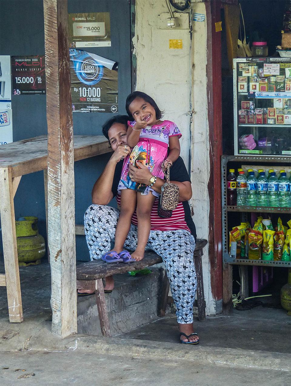 3-2-Bali-Kids-ThumbsUp