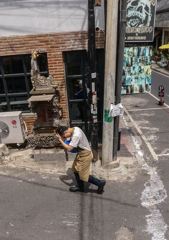 5-4-Bali-Working-HotHotHot