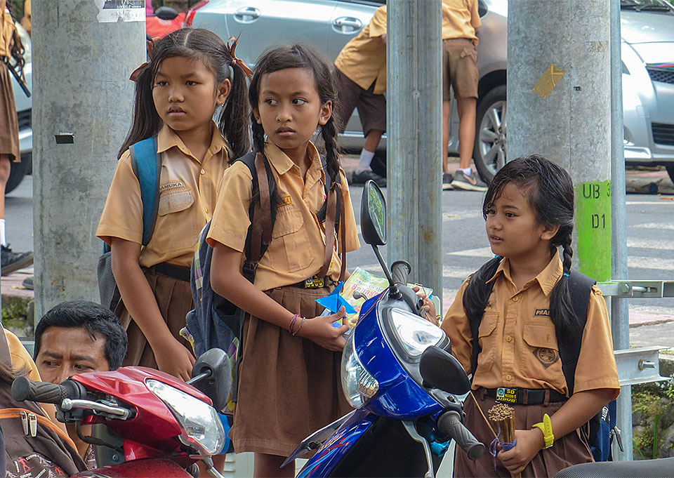 6-2-Bali-Kids-Friends