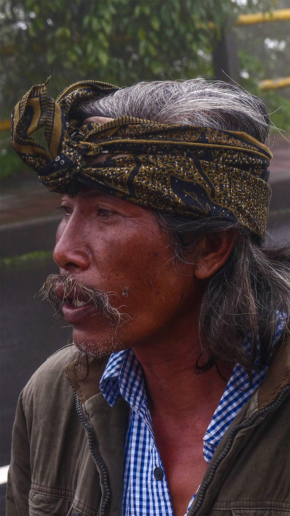 8-1-Bali-People-SharpEmotions