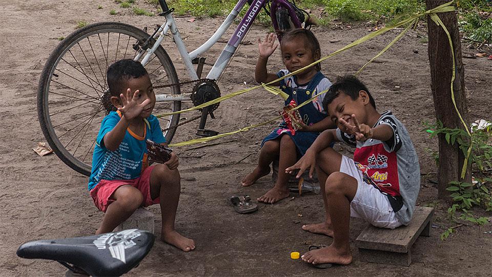 8-9-Bali-Kids-HeyHeyHey